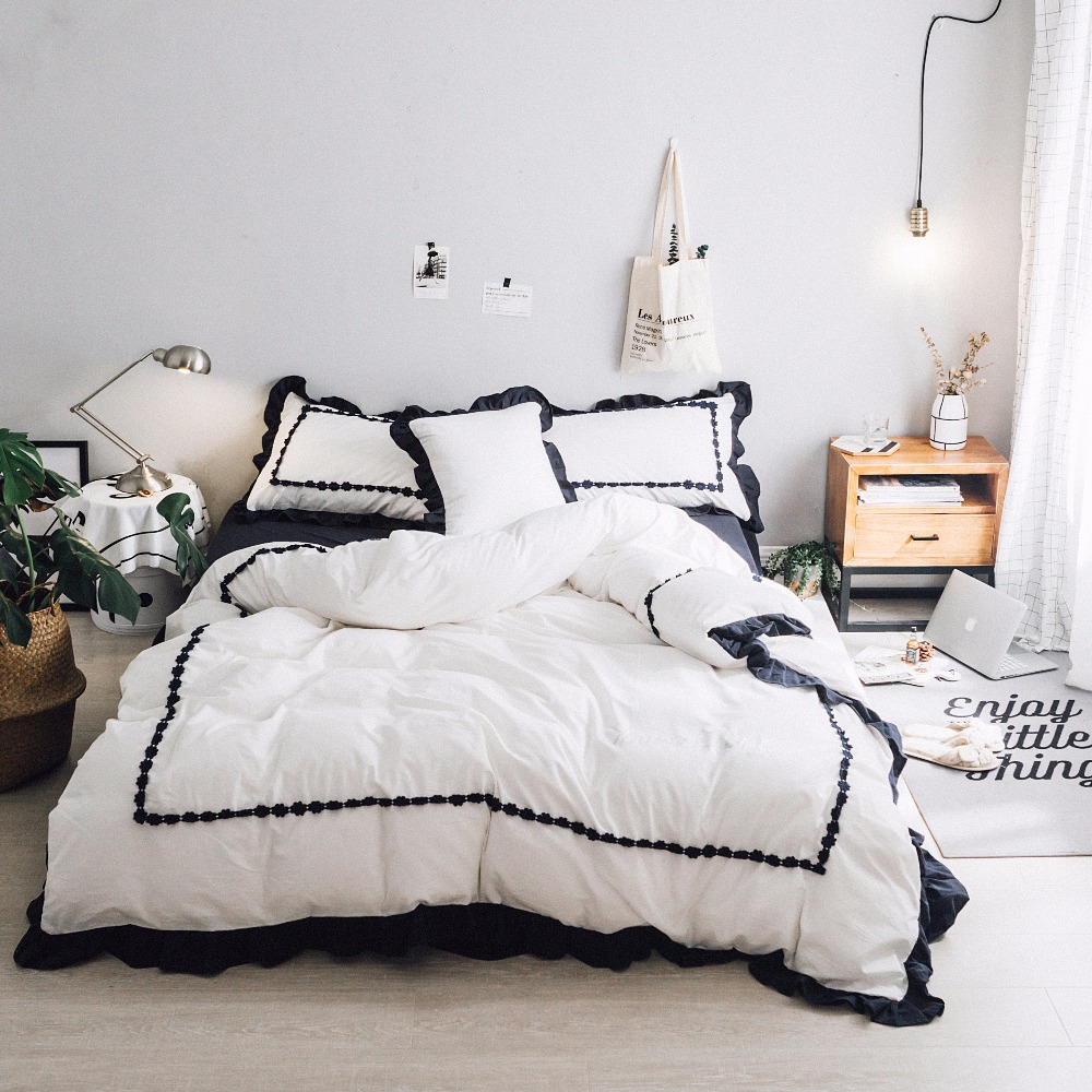 Luxury washed Cotton Black lace Luxury Bedding set Korean style 4/6pcs Bed set King Queen Size Duvet cover Bedsheet setLuxury washed Cotton Black lace Luxury Bedding set Korean style 4/6pcs Bed set King Queen Size Duvet cover Bedsheet set
