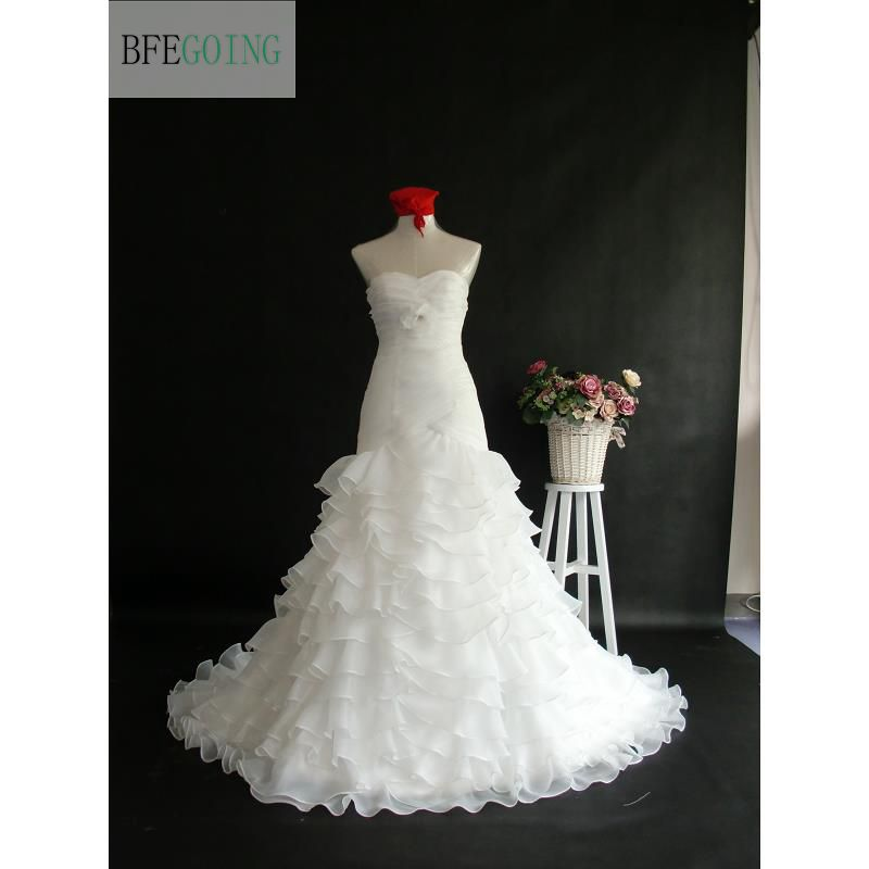 White Organza Sweetheart Mermaid/Trumpet   Wedding Dress Chapel Train  Strapless  Floor-Length Tiered Bridal Gowns