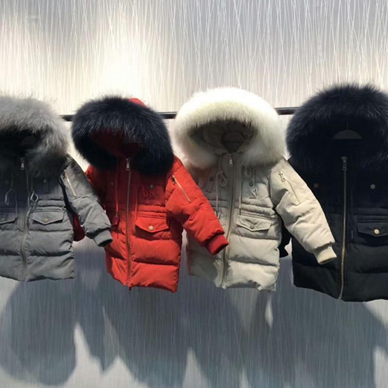 2019 hiver famille correspondant vêtements garçon fille canard bas manteaux maman et fille robes mère enfants Outwear maman et moi vêtements