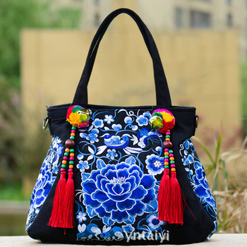 2018 Chinese Hmong Embroidery Indian Large Shoulder Bag Beaded Bolso Boho Embroidered Thailand Tassel Handbag Women Brand Bags