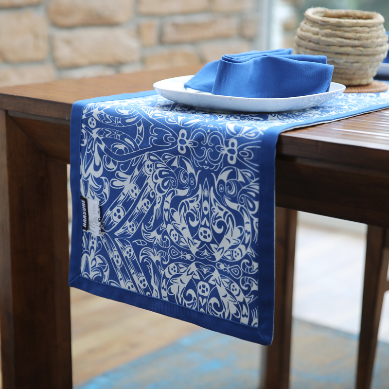 100% Cotton Table Runner Original Design Underglaze Blue And White Printed Table Runners Tablecloth
