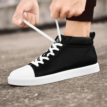 SUROM 2018 Autumn New Men Casual Shoes Breathable Wear Resistant Male Shoes Adult High Cut White Round Toe Lace up Flat Snekaers