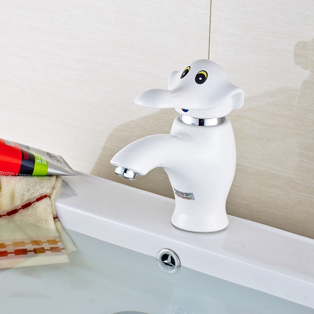 https://ae01.alicdn.com/kf/HTB1HzoCKXXXXXaWXXXXq6xXFXXXr/mooie-olifant-schilderen-dek-gemonteerde-witte-badkamer-wastafel-kraan-keukenkraan-kraan.jpg_640x640.jpg