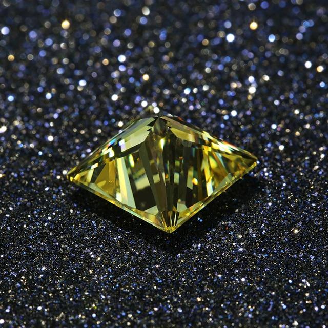 Купить квадратная форма светло желтого цвета 10*10 мм отличная огранка