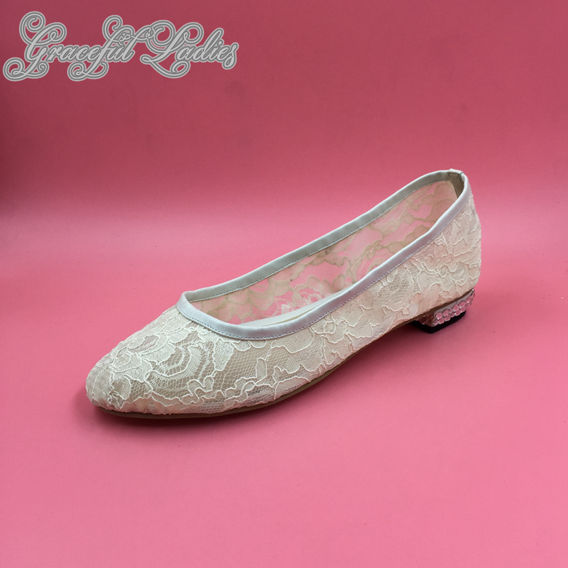Low Heel Flat Lace Wedding Shoes Slip-on Round Toe Bridal Shoes Closed Toe Female Flats Women Shoes Spring 2016 Rhinestones Heel white lace flower wedding shoes woman flat heel round toe slip on spring autumn plus size 40 41 woman s wedding flats shoes
