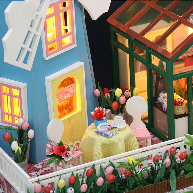 Miniature Wooden DIY Doll House with Windmill for Kids
