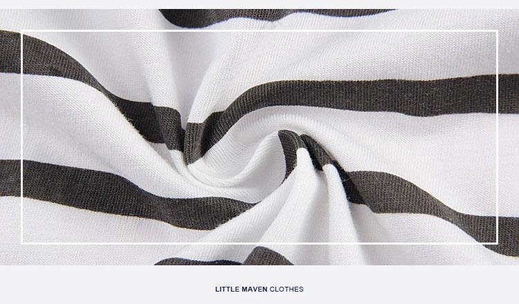 HTB1HzzTQFXXXXXNXXXXq6xXFXXXp - 100% Little Maven 2017 new summer baby boys clothes short sleeve O-neck t shirt pure Cotton Fire truck printing brand tee tops