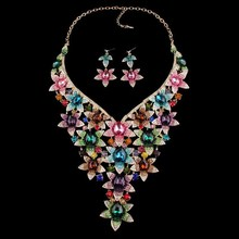 NEW Gorgeous Statement Necklaces sets Crystal Flower Leaf Necklace Earring Bridal Jewelry Sets Wedding  Dresses Accessories