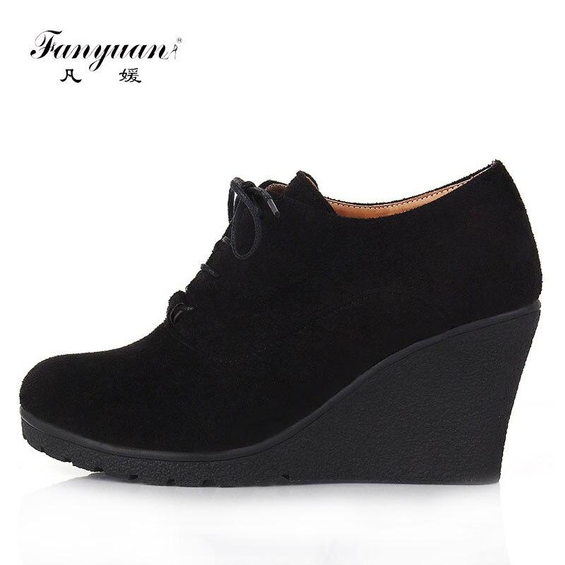 Новинка 2017 года женские ботинки модные ботильоны из флока на платформе с высокими каблуками обувь на шнуровке на высоком каблуке для женщин сезон осень-весна