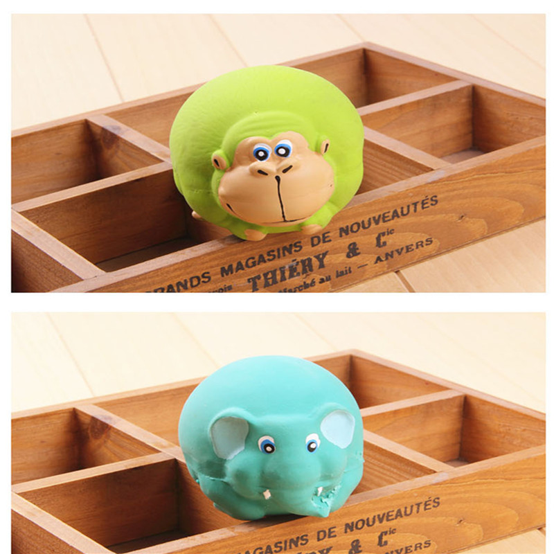Dog Game Toys For Pets Rubber Sounding Mascota Productos Para Cachorro Squeaker For Molar Puppy Vent Latex Toys Treat Ball QQ154