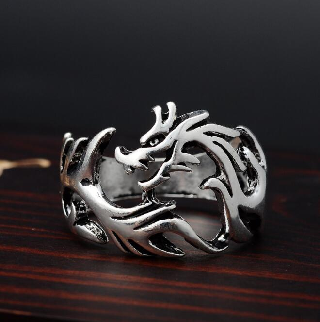 2017 Fashion Solid Inside Dragon Rings Punk Claw Rings Men biker Jewelry Gothic Gift Wholesale Drop Shipping