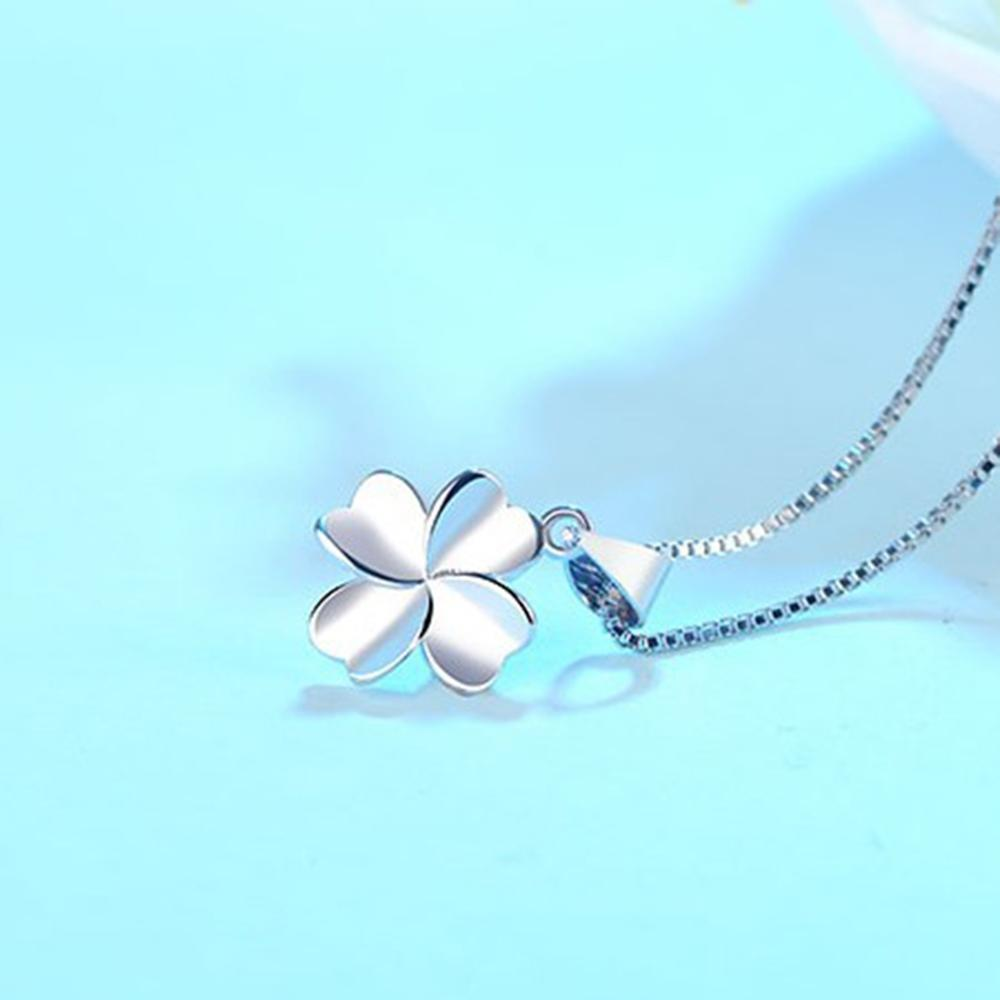 New Fashion Temperament Silver Four leaf Necklace for Women Gift Jewelry in Pendant Necklaces from Jewelry Accessories