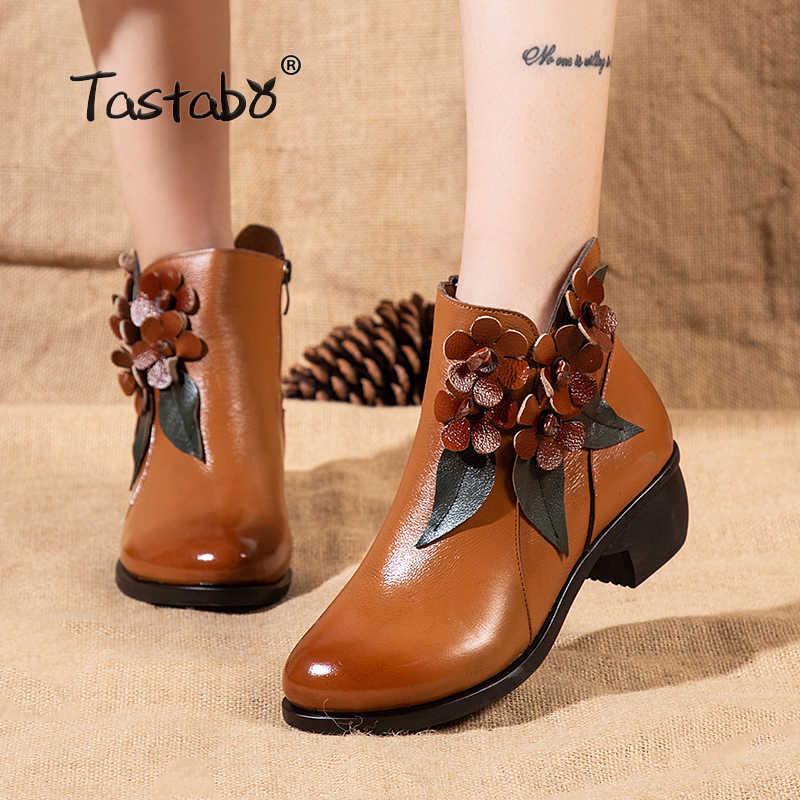Tastabo siyah ayakkabı Kadın Retro Çizmeler El Yapımı Kış yarım çizmeler Kadın Moda Çiçek Yumuşak Hakiki Deri Martin Ayakkabı Düz