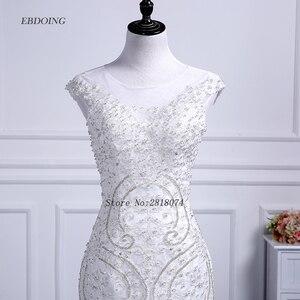 Image 4 - Vestidos de novia sereia vestido de casamento colher decote capela trem noiva casamento com renda miçangas mangas curtas plus size