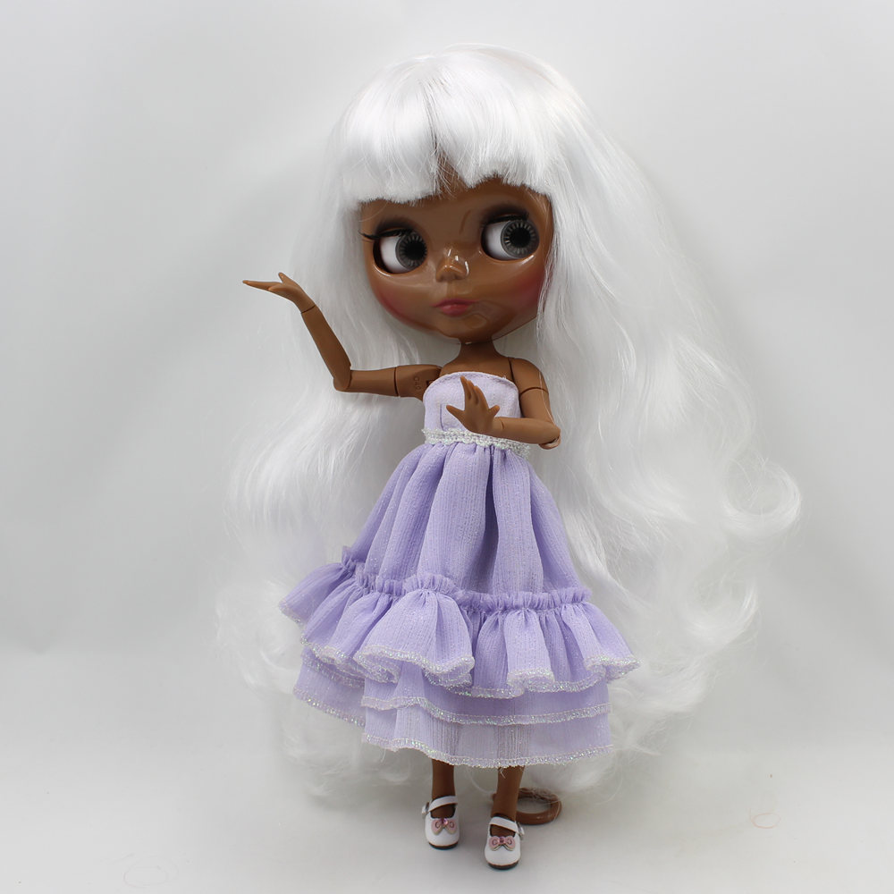 Neo Blythe Doll with White Hair, Black skin, Shiny Face & Jointed Body 2