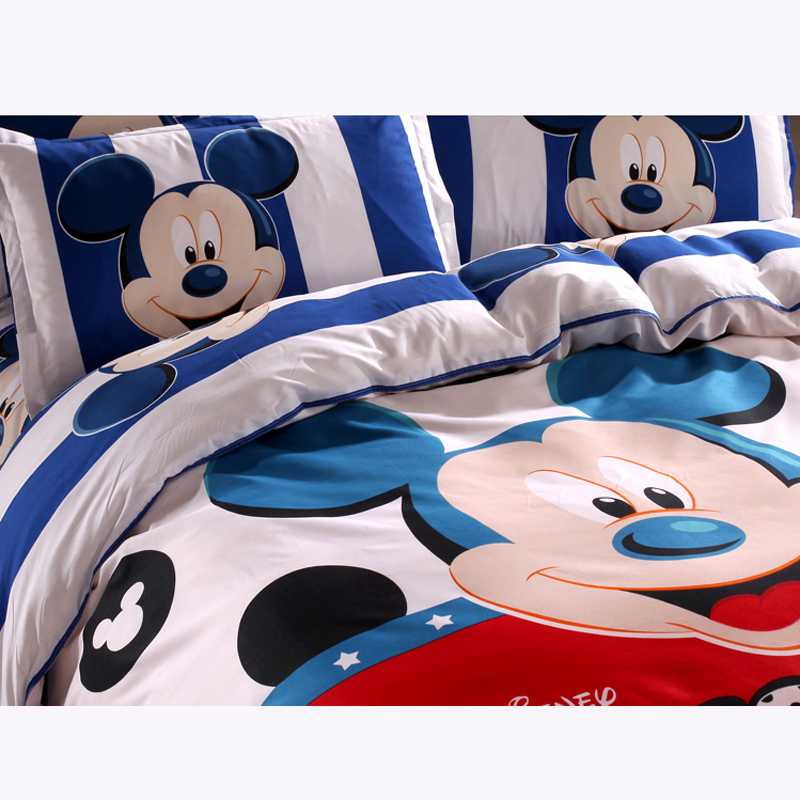 Disney Mickey Mouse Minnie Mouse Winnie Duvet Cover  1