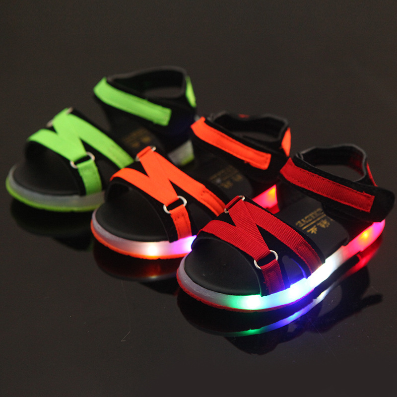 davidyue 2018 new kids girls boys sandals led luminous lighting up sneaker sandals flat shoes light glowing