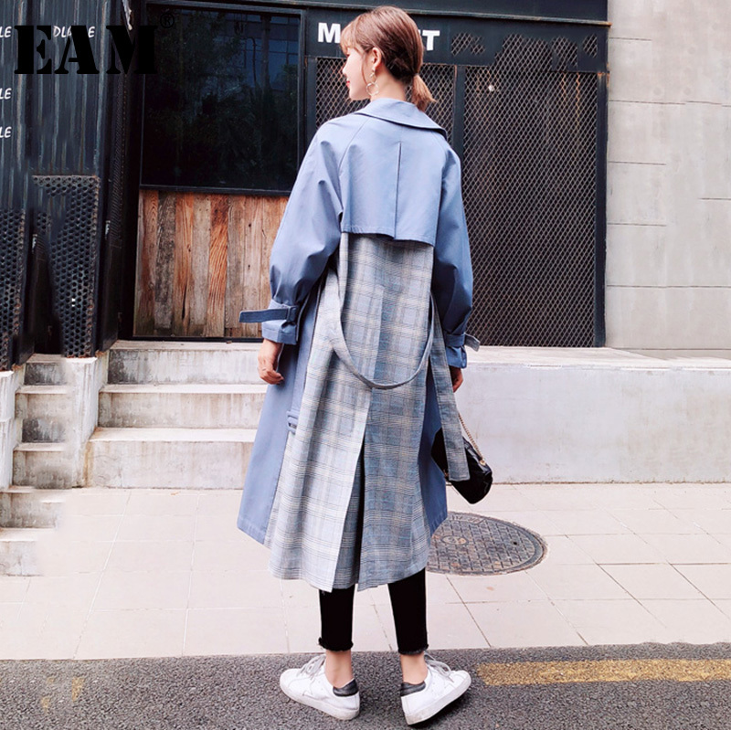 [EAM] 2019 Spring Woman Long Sleeve Spliced Plaid Turn-down Collar Sashes Double Breasted Loose Long   Trench   Coat LD597