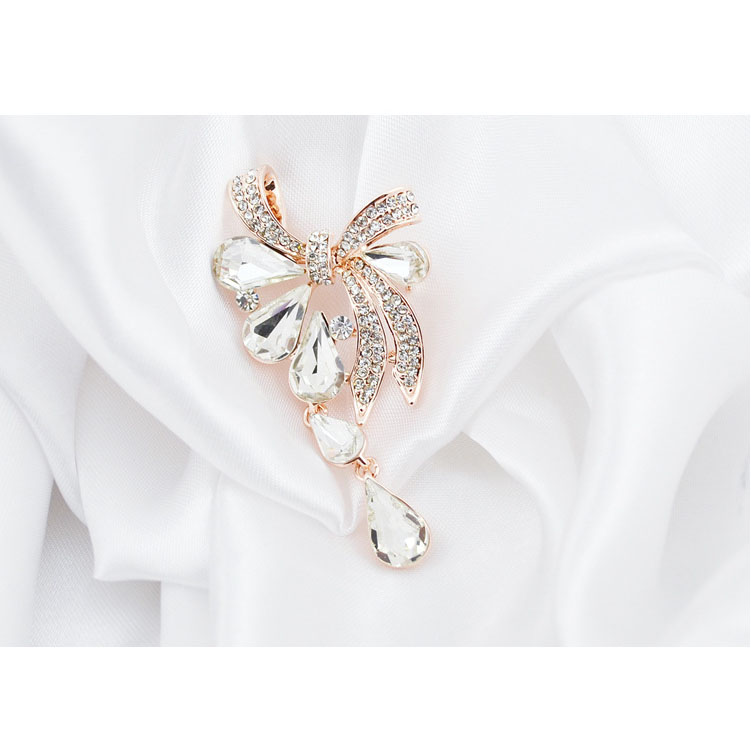 CINDY XIANG New Arrival Fashion Bow Brooches for Women Rhinestone Water-drop Style Brooch Pin 3 colors Available Summer 2021 6