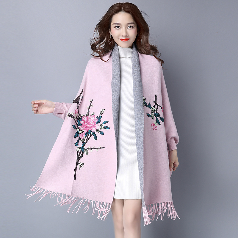 2018 Vintage Bawting Sleeve Flower Embroidery Poncho Women Spring Tassels Hem Women Sweater Cardigans Coat Women Poncho Cape