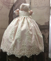 New 2019 Baby Girls Christening Gown O Neck Lace Appliqued Beaded Infant Girls Baptism Dress with Bonnet White Ivory