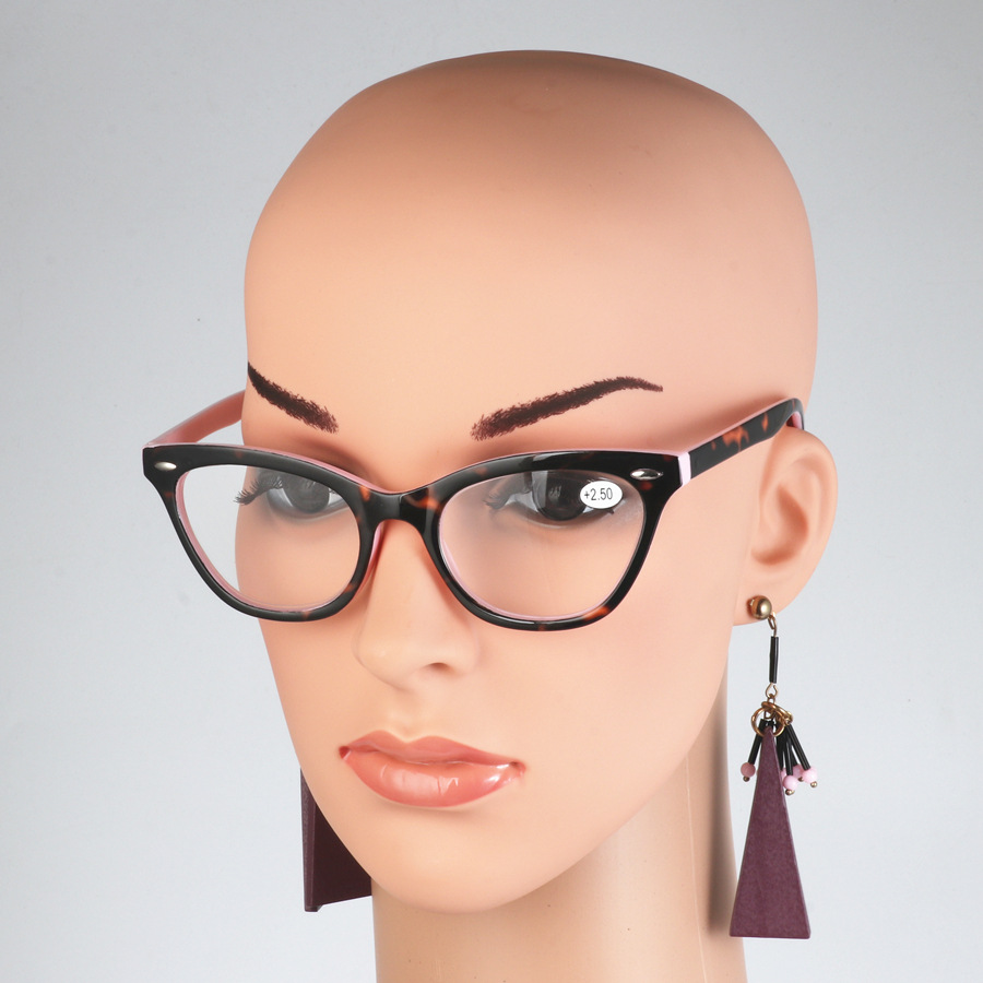 2018 Sexy Cat Eye Women Classic Leopard Pink Reading Glasses Female Farsighted Glasses Frame Presbyopia High Quality image