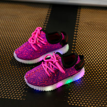 Children luminous sneakers for boys and girls glowing sneakers led shoes Kids Fahion Sports lights shoes SH19046(China)