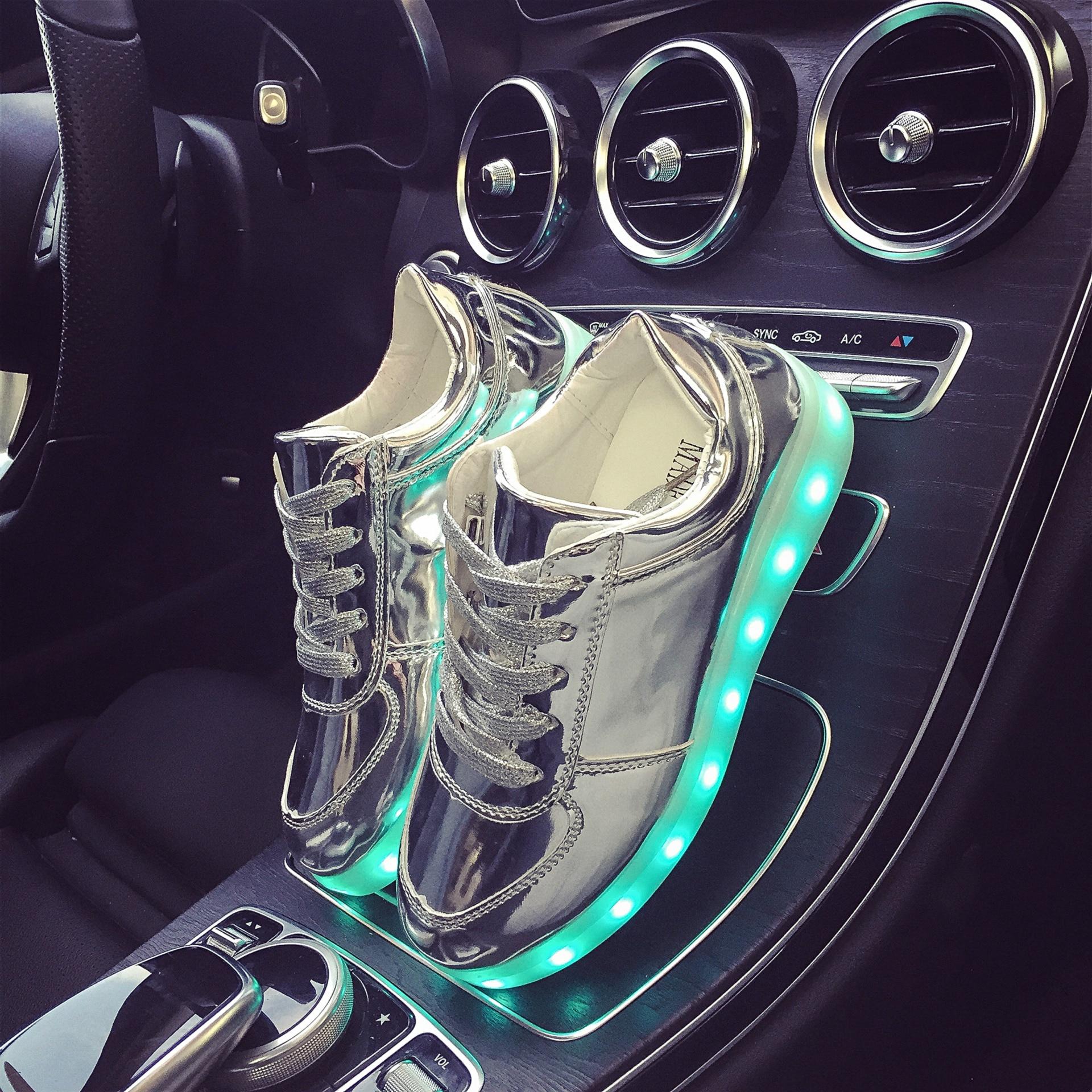 best service 988f3 a2014 Eur Größe 27-42 7 Farben Leucht Turnschuhe Glowing Jungen LED Schuhe  Mädchen Kind LED Hausschuhe Licht Up Schuhe für Männer Frauen