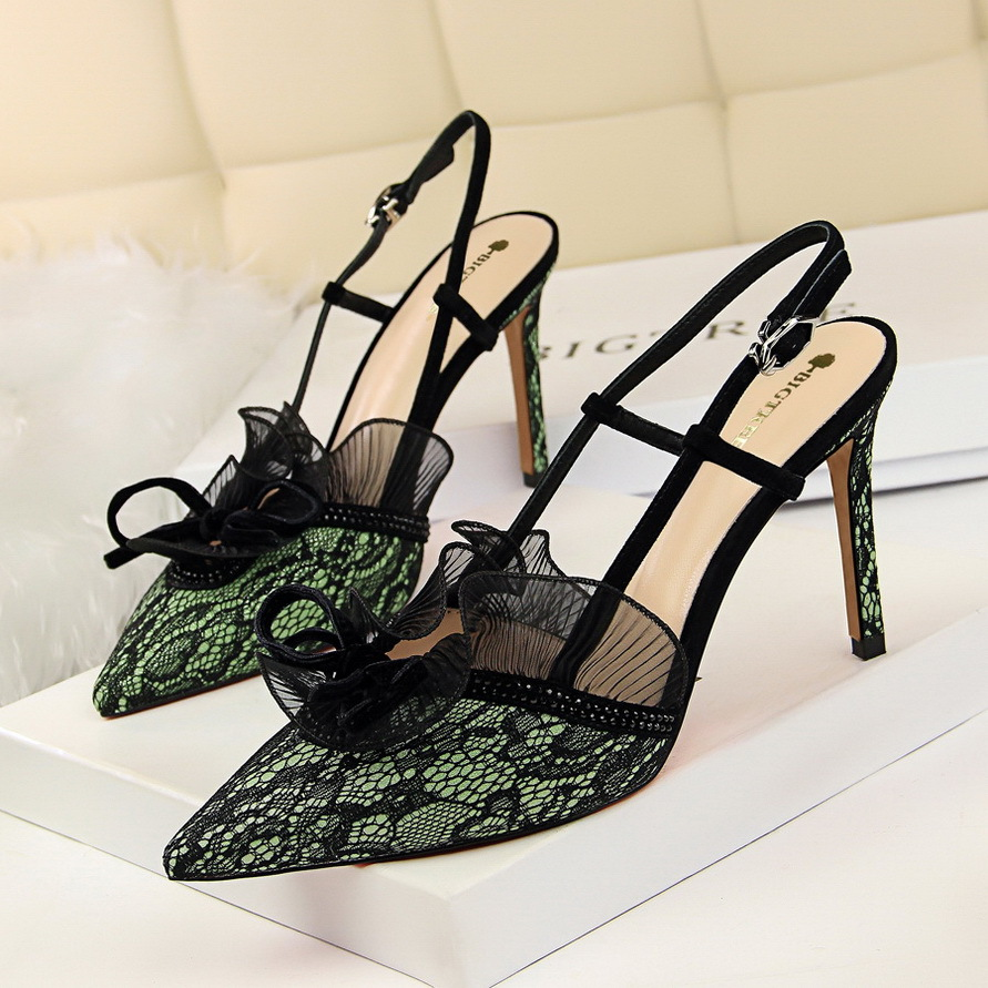 =2018 New Autumn Lace Bow High-heeled Shoes Fashion Sexy Banquet Thin Heels Pumps Pointed Hollow Out Sandals Women's Shoes lakeshi new fashion pumps thin sexy high heeled shoes woman pointed suede hollow out bowknot sweet elegant women shoes