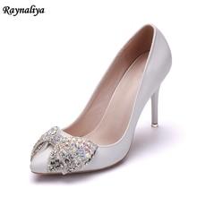 купить Rhinestone Women Pumps Sexy Thin High Heels Wedding Shoes Woman Crystal Butterfly Single Shoes Ladies Pumps New Sandals XY-A0063 по цене 2299.96 рублей