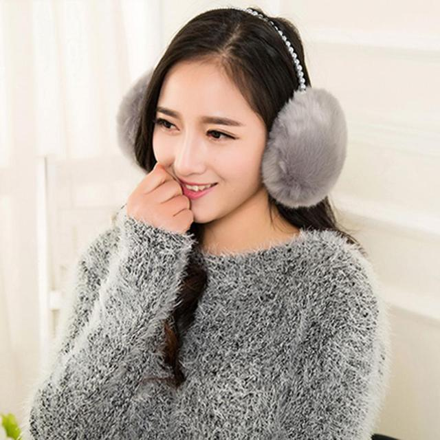 d1f5e1e431b Mujeres calientes del invierno orejeras suaves de piel falsa prueba de frío  orejera del casquillo del