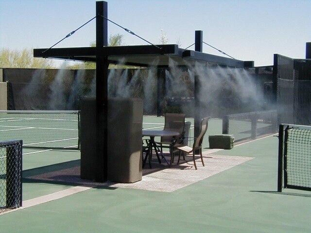 Небольшие распылители воды капельки для систем охлаждения поглощают тепло быстрее
