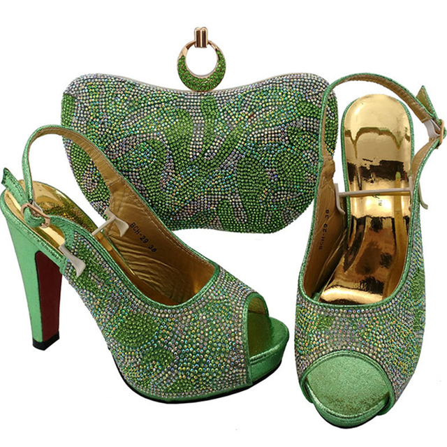 Neueste Wasser Grün Farbe Italienische Damen Schuh und Tasche Set Decoraetd  mit Strass Afrikanische Frauen Schuhe 9d489665a1