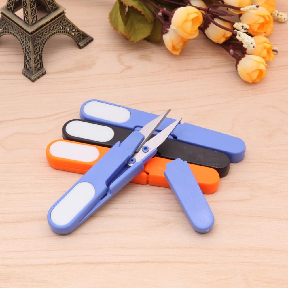 Mini Fishing Multi-function Portable Plastic Scissors Line Cutter Fishing Gear Random delivery