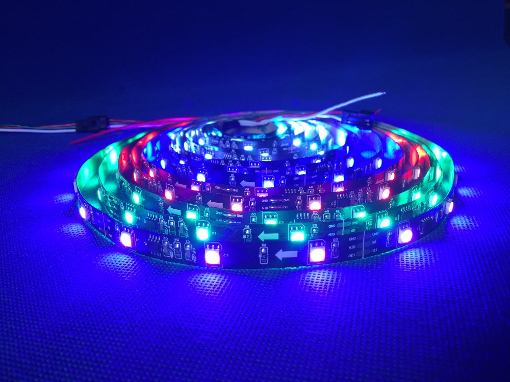 Promocija !! 5M WS2811 60 / led5050 RGB Polnobarvni LED prožni trak DC12V Pixel Dream Color Vodoodporen 1 ic kontrolle 3 led