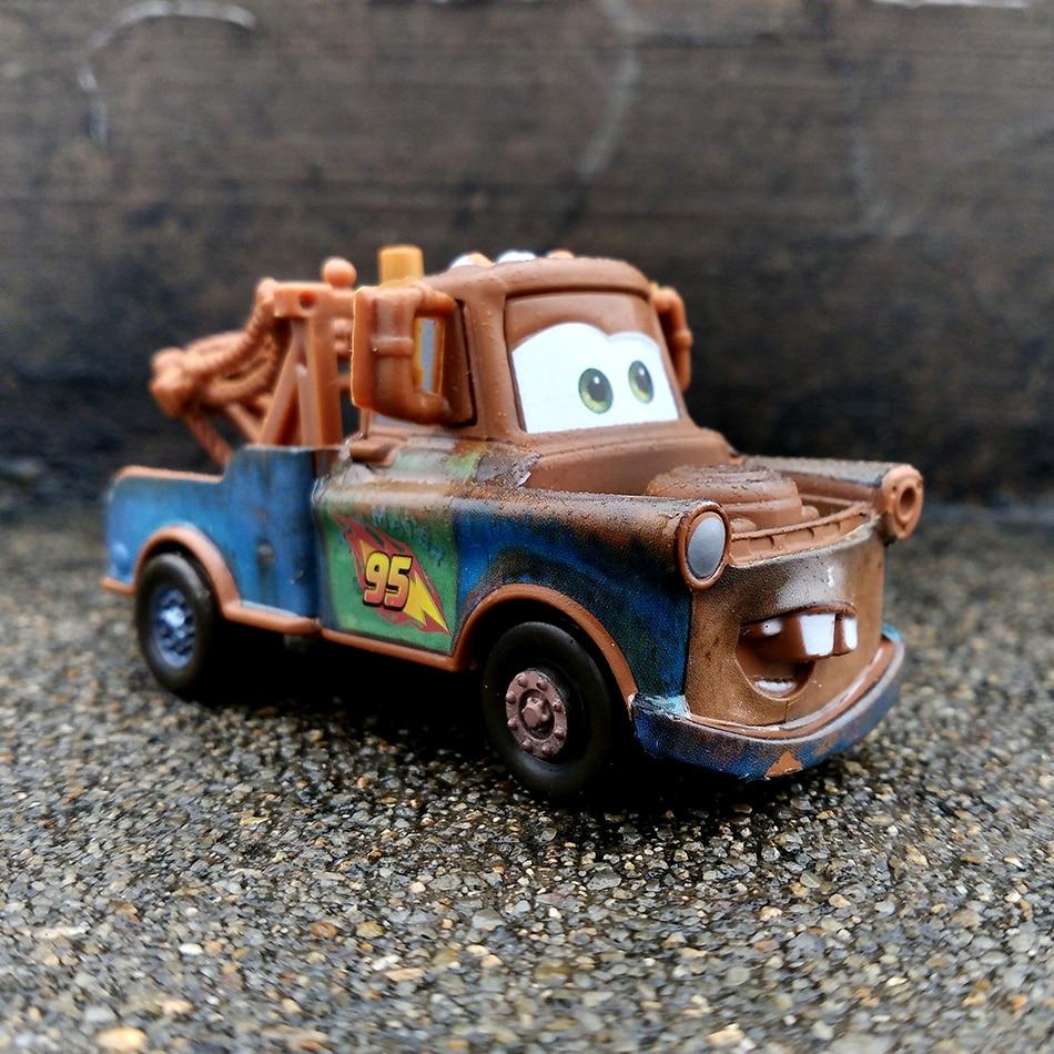Disney lightning mcqueen todos os estilos pixar carros 2 3 corrida equipe mater metal diecast carro de brinquedo 155 solto novo em estoque