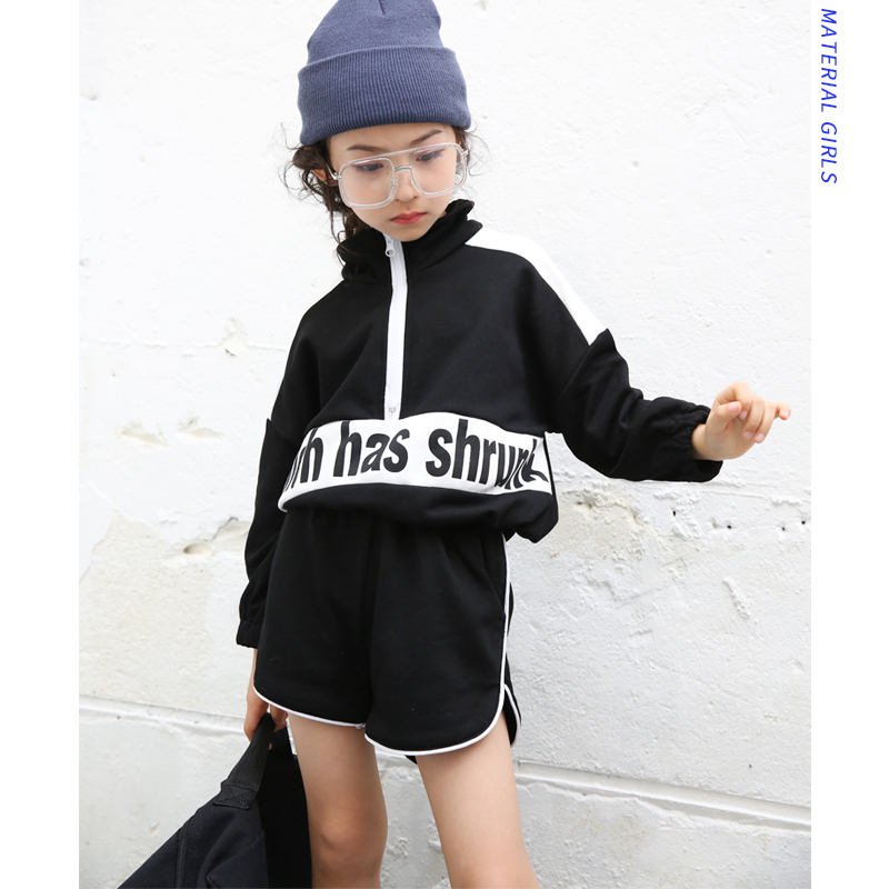 Girls suit 2019 spring new thin section long sleeve pullover thin coat shirt with casual shorts two sets of tideGirls suit 2019 spring new thin section long sleeve pullover thin coat shirt with casual shorts two sets of tide
