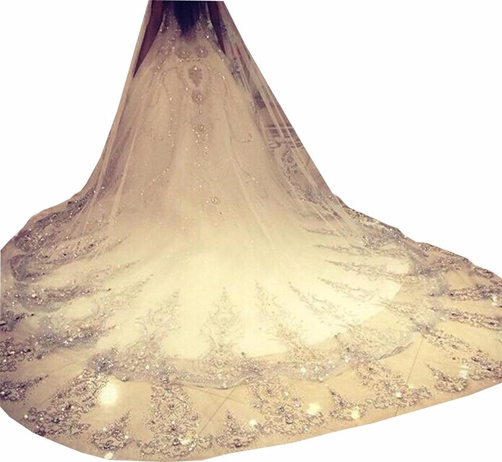 Два Слои бисером собор фату 3,5 м Потрясающие Кристалл Аппликация Свадебные аксессуары Белый Кот вело брак Вейл