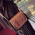 Сумки 2017 лето Англия Стиль новые заклепки небольшой площади Сумка Новая мода горячие Кожа посланник тенденция пакет сумка