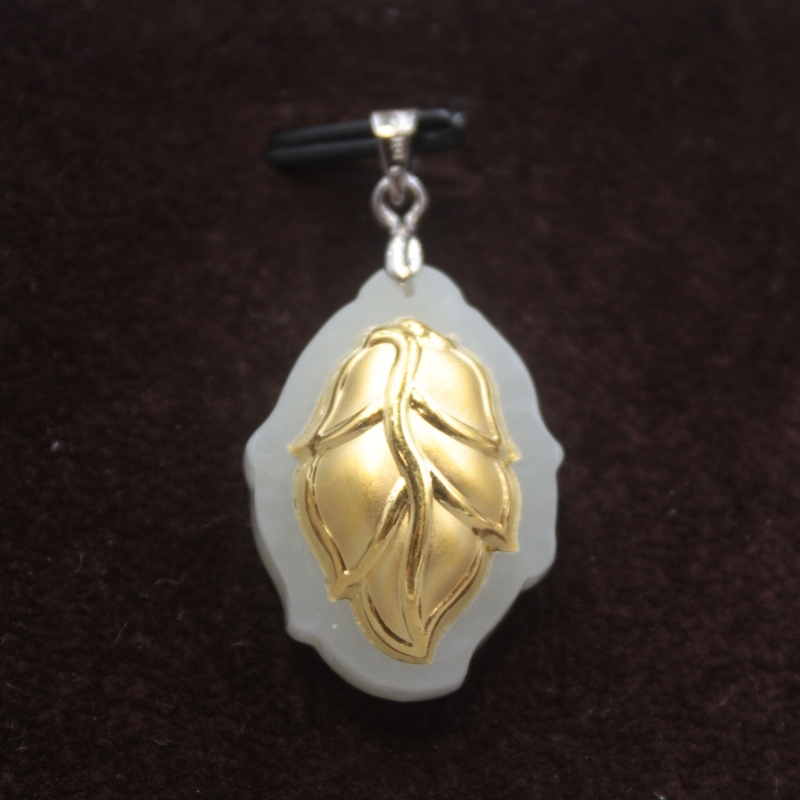 New 24K Yellow Gold Natural Jadeite Jade Women Leaf Bless Pendant 36x12mm