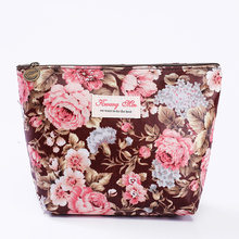 2018 Fashion Travel Toiletry bag Zipper Cosmetic Cases Flower Pattern PatternClutch Bag For Women Creative Pouch Item Organizer(China)