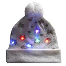 292bb2b96b091 2018 femmes nouveauté chapeau lumière led-up tricoté bonnets laid chandail  vacances noël chapeaux de noël pour hommes filles lum.