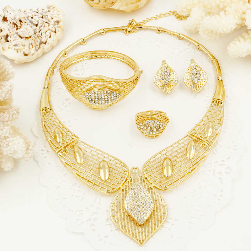 2017 CZ Sales!New Arrival Big Necklace Earrings Sets Fashion Dubai African golden plate Jewelry Sets
