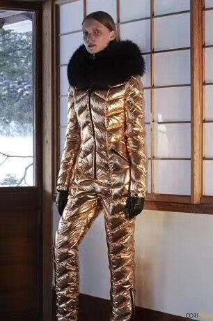 Personnalisé super réel de fourrure 2018 Hiver salopette femmes blanc duvet de canard vestes Femmes de combinaison de ski en bas veste en plein air costume survêtement