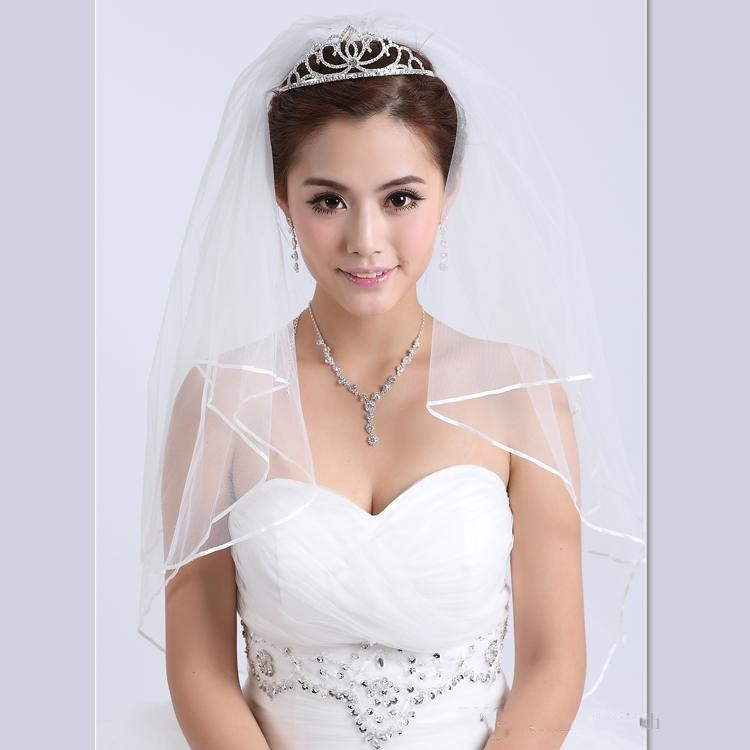 2015 2T White Ivory Wedding Bridal Accessories Pearls Ribbon Edge Comb Veil (3)_conew1