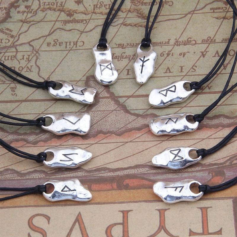 Bijoux Viking colliers et pendentifs en pierre Rune 1