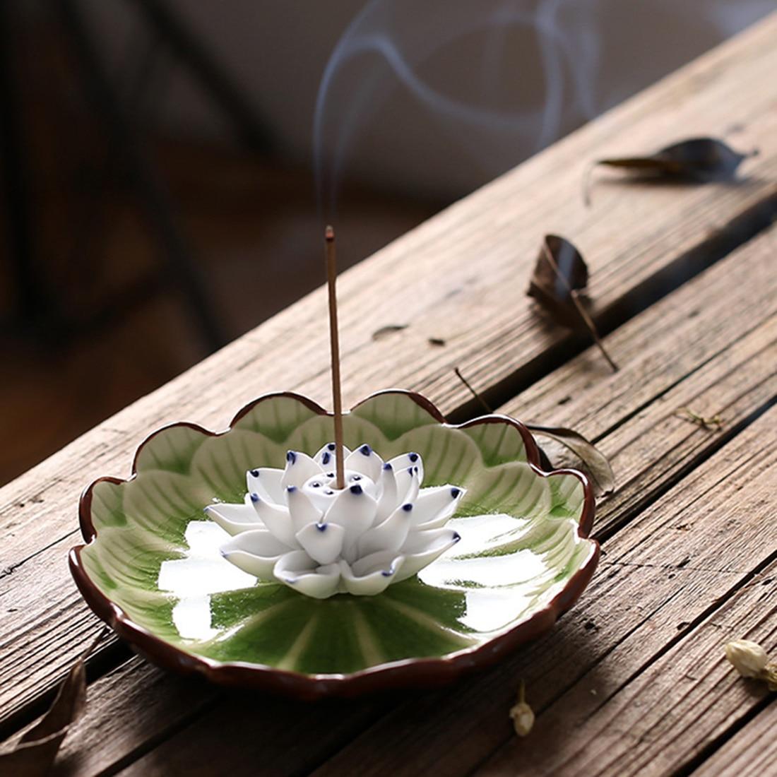 Creative Décoration Encens Brûleur En Céramique Belle Lotus Encens Siège Bâtons Encens Titulaire Utilisation Dans Home Office Salon de Thé