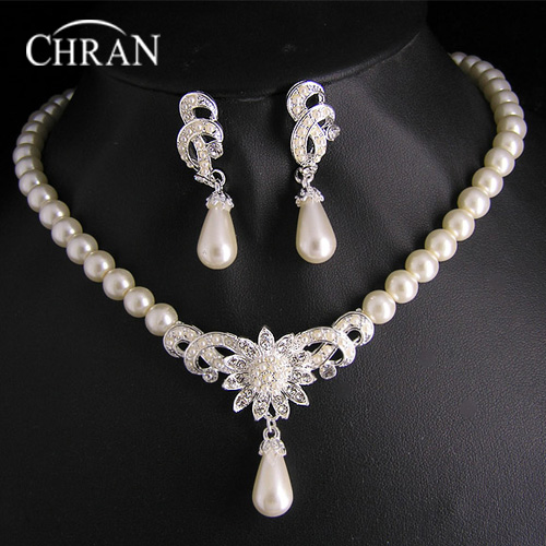 Free Shipping Rhodium Austrian Crytal Necklace Bridal Party Gift Wholesale Imitation Pearl Indian Wedding Jewelry Sets