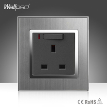 High Quality Wallpad 13A UK Standard Wall Plug Socket Luxury Metal Frame Switched Socket with LED Indicator Ligth Wall Outlet