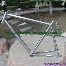 Xacd titanium шоссейная рама с раздвижные плавкий предохранитель, изготовленный на заказ titanium BB30 велосипедных рам, дешевые titanium внутренняя рама для велосипеда